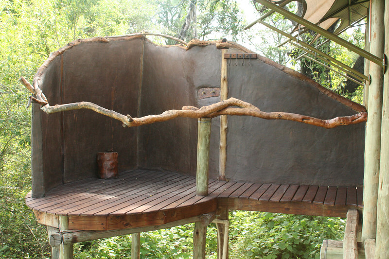 Outdoor Shower at Tubu Tree