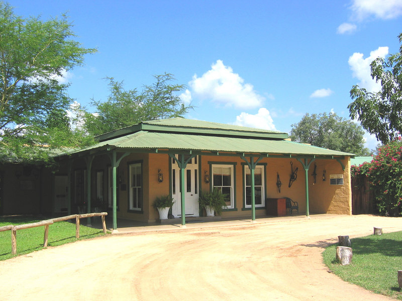 Kirkman's Kamp, Main Building
