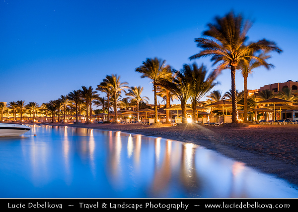 Egypt - Hurghada - الغردقة - el-Ġardaqa - Ghardaga - Hurgada - Coastal town on shores of Red Sea - Popular holiday destination & one of Egypt's leading holiday resorts famous for its superb diving opportunities with beautiful underwater reefs and awesome marine life