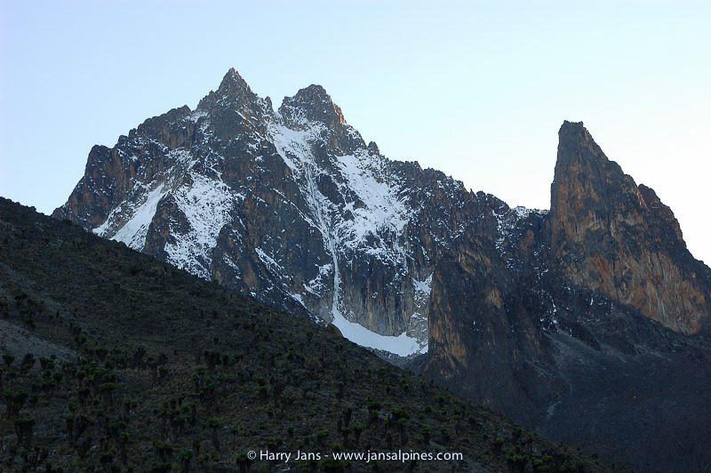 Point Peter 4757m (left) & Peak John 4875m (right)