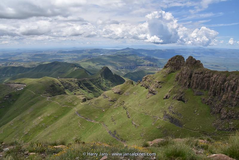 view from Sentinel Peak to Witsieshoek Mountain Lodge