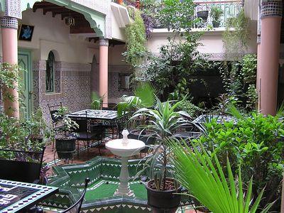 Hostel_Courtyard_1