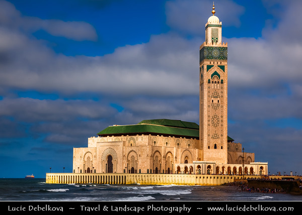 Africa - Morocco - Atlantic coast - Casablanca - Mosque of Hassan II - Grande Mosquée Hassan II - Casablanca Hajj - Largest mosque in Morocco & Africa - 7th largest in the world with its minaret being world's tallest at 210 metres (689 ft)