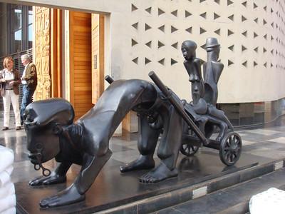 statue_04