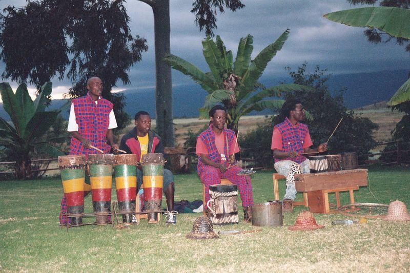 Ngorongoro Farmhouse, Musical Entertainment