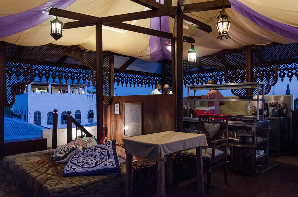 Emerson Spice Hotel Restaurant
