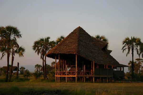 Dining Lodge at Maramboi Camp