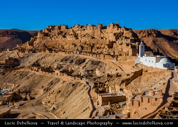 Northern Africa - Tunisia - Tataouine district - Chenini - شنيني - Ancient ruined Berber village on a hilltop & former ksar - fortified granary