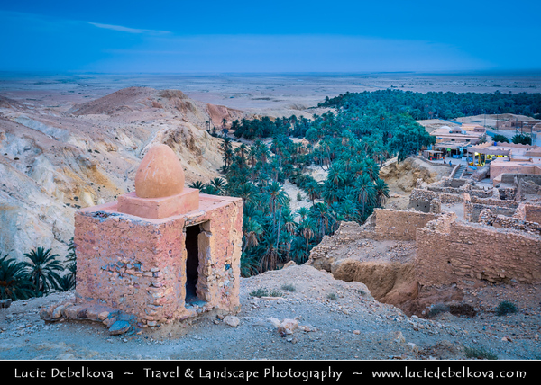 Northern Africa - Tunisia - The Sahara Desert - الصحراء الكبرى - Atlas Mountains - جبال الأطلس - Mountain range across a northern stretch of Africa - Tozeur Governorate - Chebika - الشبيكة - As-Sabikah - Echbika - Mountain oasis with palm trees and waterfalls with clear water pools