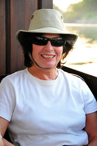 _D038813 Linda Feinstein on the Zambezi River