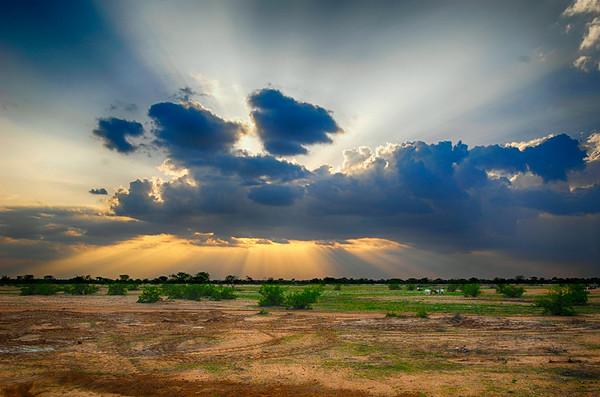 Shant Abak, Kenya