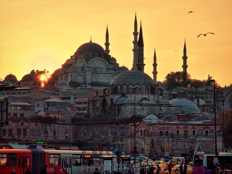 View of Yeni Mosque at sunset, Istanbul, Turkey