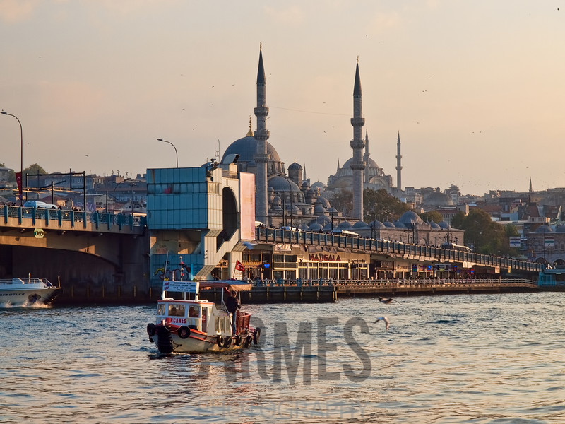 Golden Horn estuary with the Galata Bridge and Yeni Mosque, Istanbul, Turkey