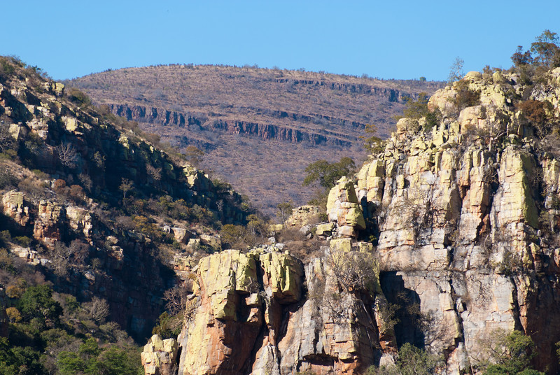"<span id=""title"">Mountains</span> <em>R36 near J. G. Strijdom Tonnel</em> Beautiful canyons..."