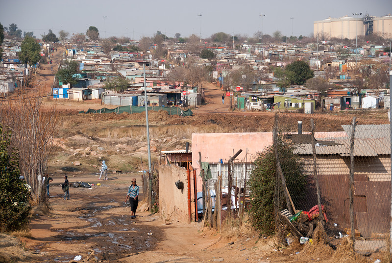 """<span id=""""title"""">Informal Settlement</span> <em>Soweto</em> Here you can see the extent of the slums - it's pretty vast."""