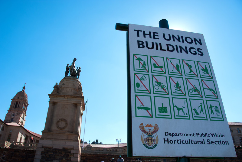"""<span id=""""title"""">Signs</span> <em>Union Buildings, Pretoria</em> What <em>CAN</em> you do at the Union Buildings? You can picnic, walk and pick up after your dog, and throw away your trash. Really, you could spend a few days here."""
