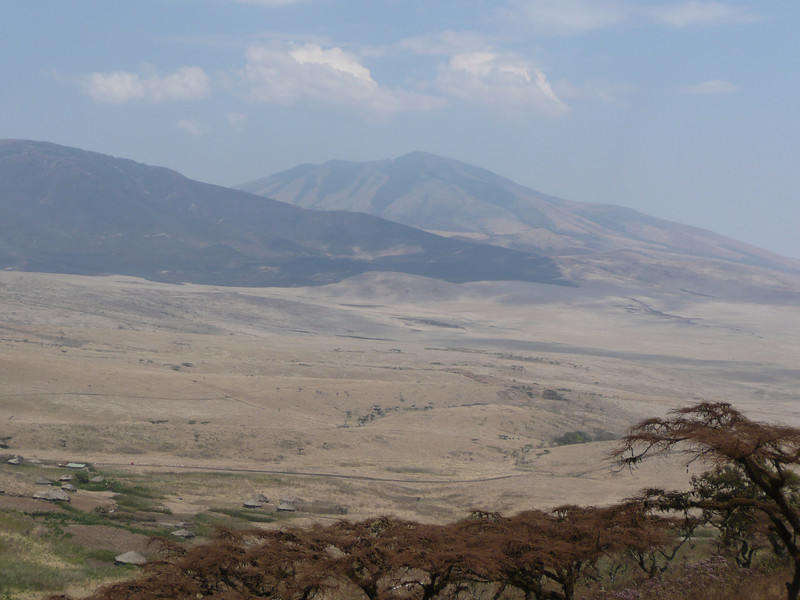 Driving down the crater rim towards the Serengeti