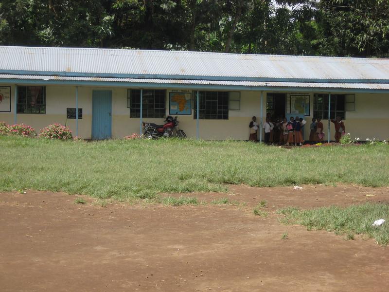 D16 Mt Meru primary school 2