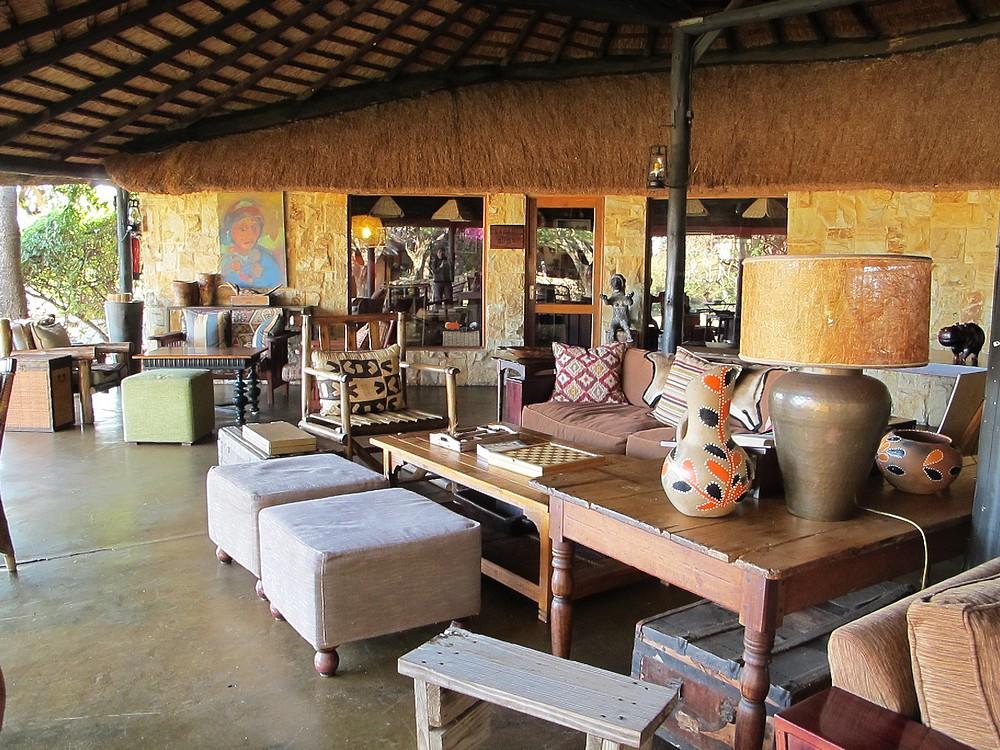 Motswari bar-lounge