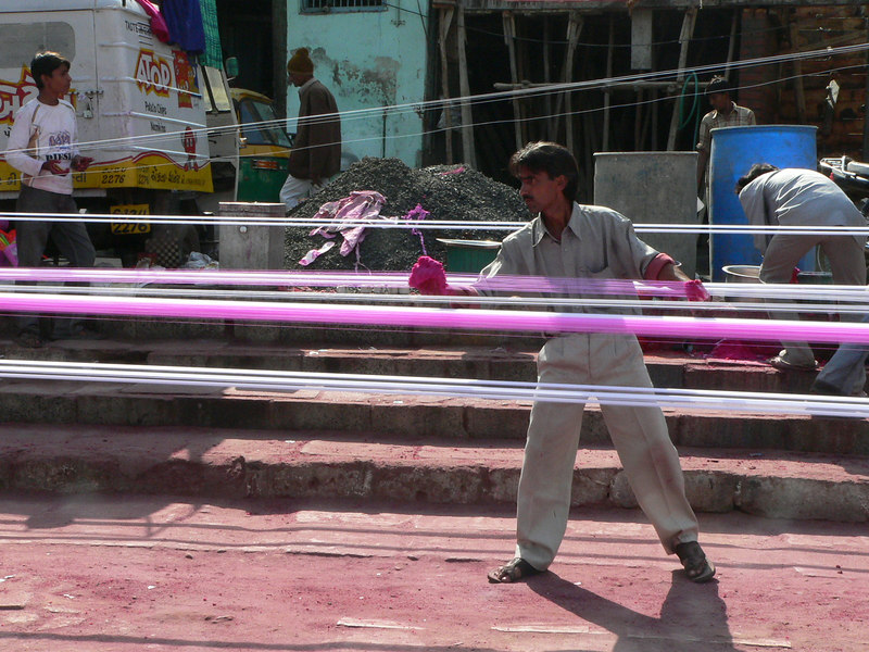 Manja dyeing (Glass fortified twine for kites)