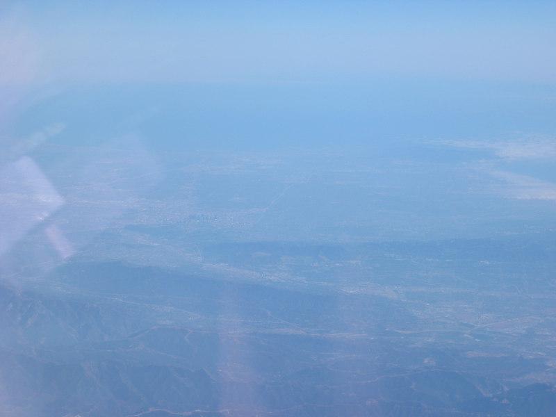 IMG_8520 (over Palmdale, LA basin to L)