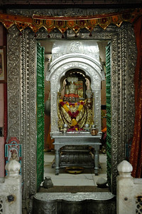 The Brahma temple located in Pushkar, Rajasthan is one of the important Hindu pilgrim centre. It is just 10 km from Ajmer, Rajasthan.