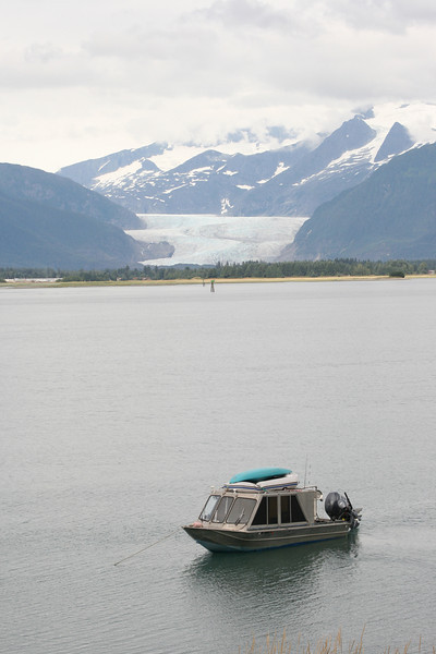 After finish downhill part, we set off along coast, with Mendenhall Glacier in background.