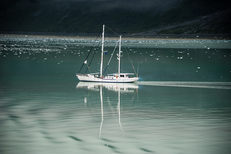 Small boat in glacier bay