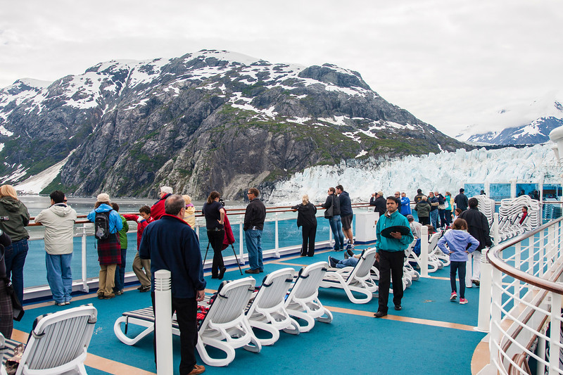 Glacier Bay - passengers on deck