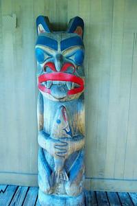 Totem. Totem Heritage Center.