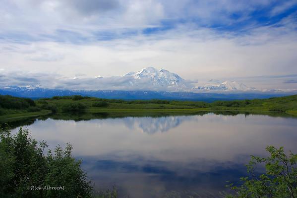 08-VH1560 McKinley & Reflection Pond