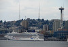 Jan's photo of Seattle and Norwegian Star cruise ship, 8-9-08 when cruise started.