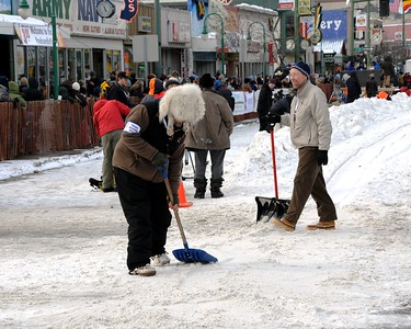 2010 Iditarod- Ceremonial Start - 03/06/2010 - Fourth Avenue - Anchorage - Alaska
