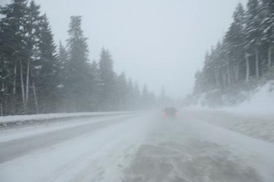 Snowy Drive - Turnagain Pass - Kenai Peninsula - Alaska - USA
