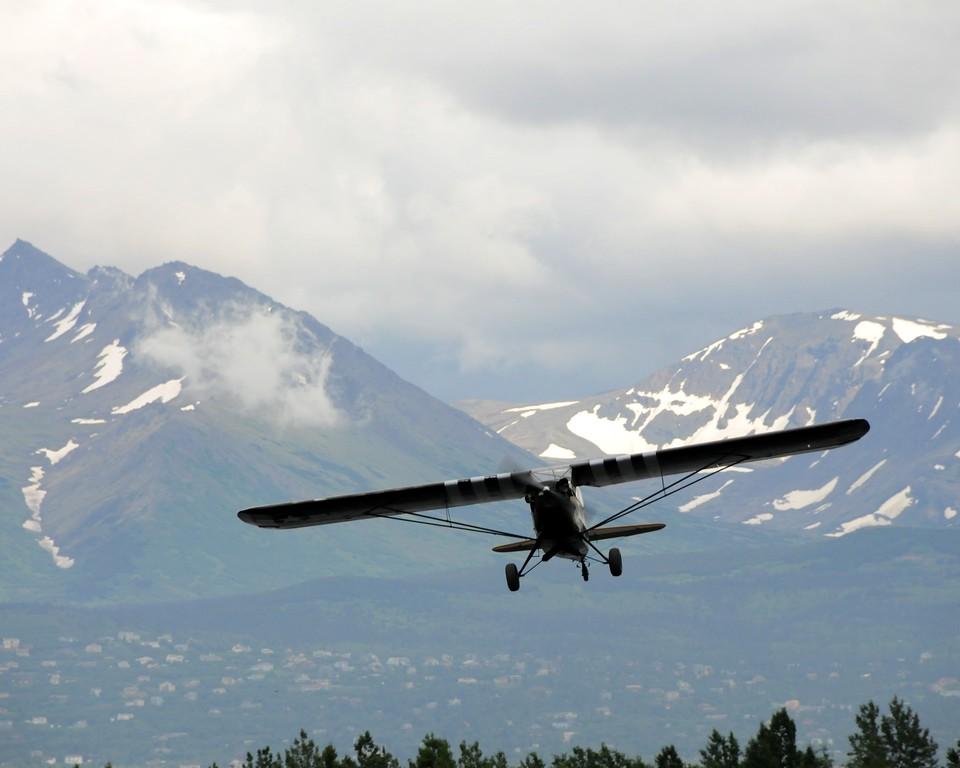 Piper Super Cub - Plane - Transportation - Lake Hood - Anchorage - Alaska - USA