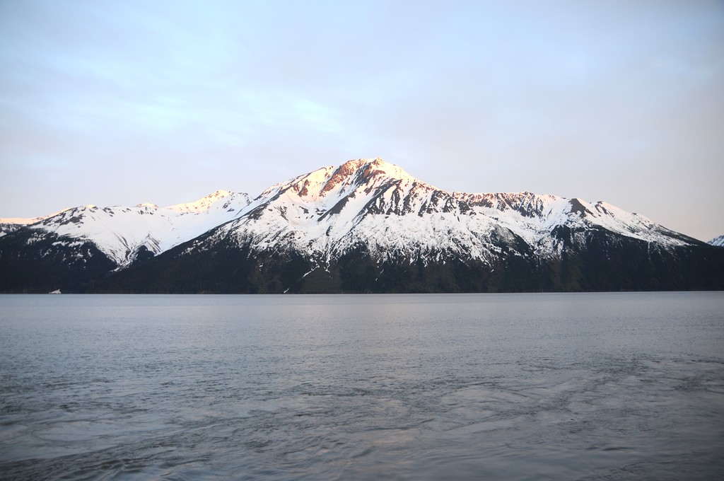 Mountain - Turnagain Arm - Alaska - USA