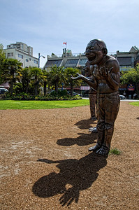"The laughing statues located by English Bay at Morton Park  are part of the Vancouver Biennale 2009-2011 edition. Titled ""A-maze-ing Laughter"" by artist Yue Minjun."