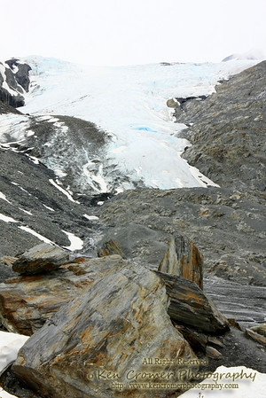 Worthington Glacier along the Thompson Pass which leads to Valdez