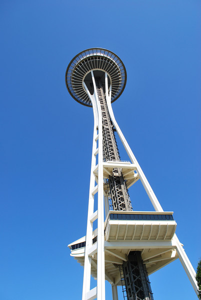 (10)  Yes another view of the Space Needle