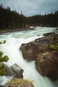 Lower Sunwapta Falls.