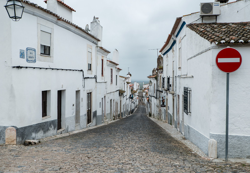 Lonely street at Estremoz