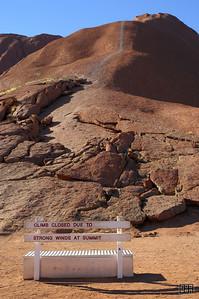 The path to climb Uluru