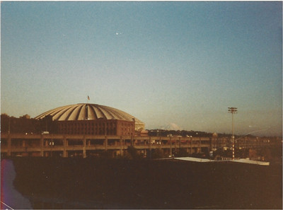 THE KINGDOME!  What Seattle looked like in 1981