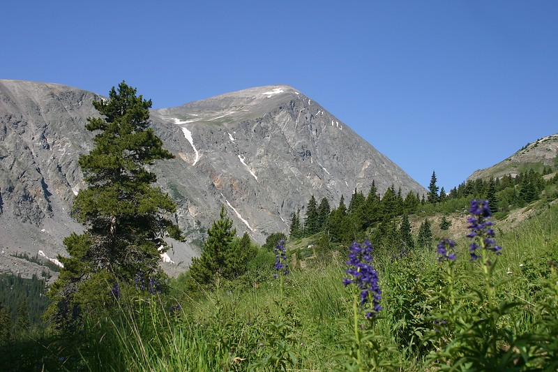 Solid rock shoulder, plateau and peak