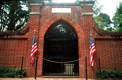 President George Washington's tomb Mount Vernon, VA