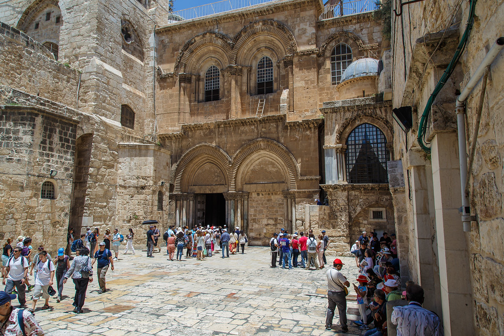 Via Dolorosa Station 10