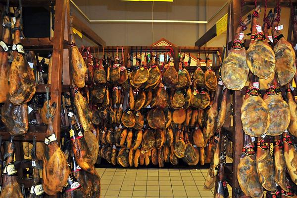 På kjøpesenteret hadde dei rimleg bra utvalg i Seraniskinker.