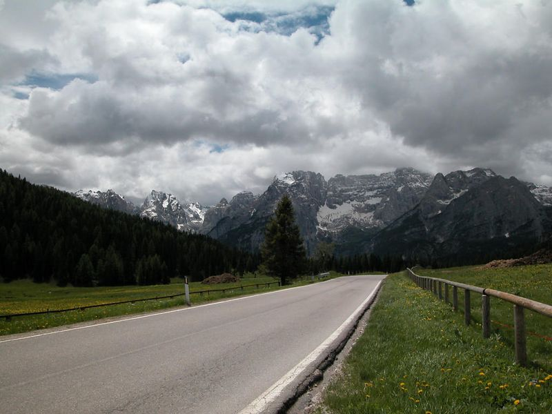 Road from Misurina to Cortina