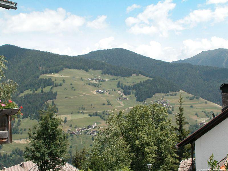 Around Antermoia (north of Corvara)