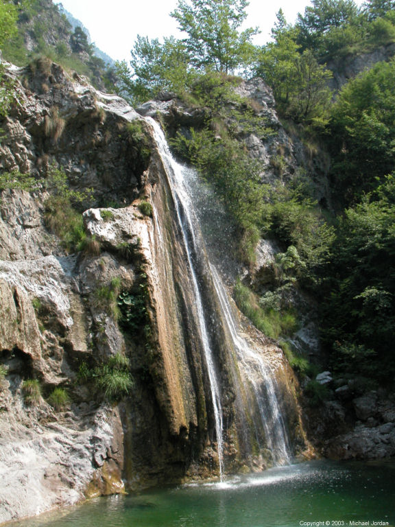 Waterfall and pool near Storo